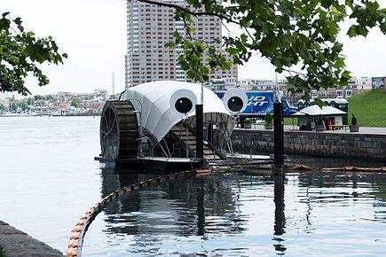 海洋垃圾清理計畫:Mr.Trash Wheel 垃圾車輪先生的示意圖
